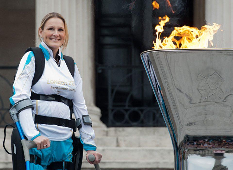 claire-lomas-mbe-manchester-marathon